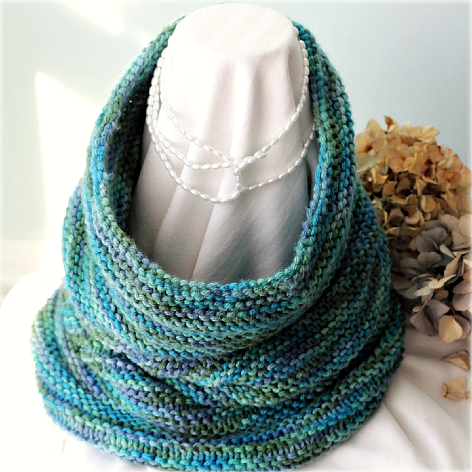 Cute Knitted Cowl Pattern | Grateful Prayer | Thankful Heart