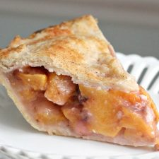 Fresh Peach Pie and Pastry Crust Recipe