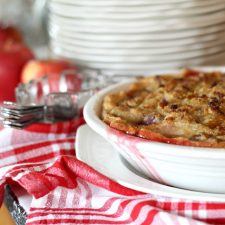 Cranberry Apple Pie with Pecan Streusel