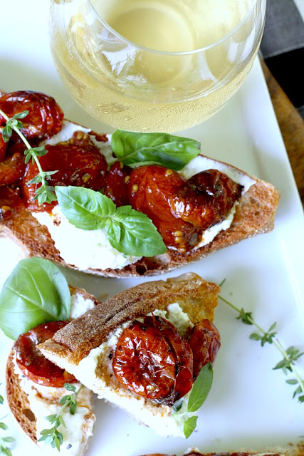 Visit to London Covent Garden and Jamie Oliver restaurant inspired this easy recipe for roasted cherry tomato and basil bruschetta with creamy ricotta. A fresh and delicious summertime appetizer or entree.