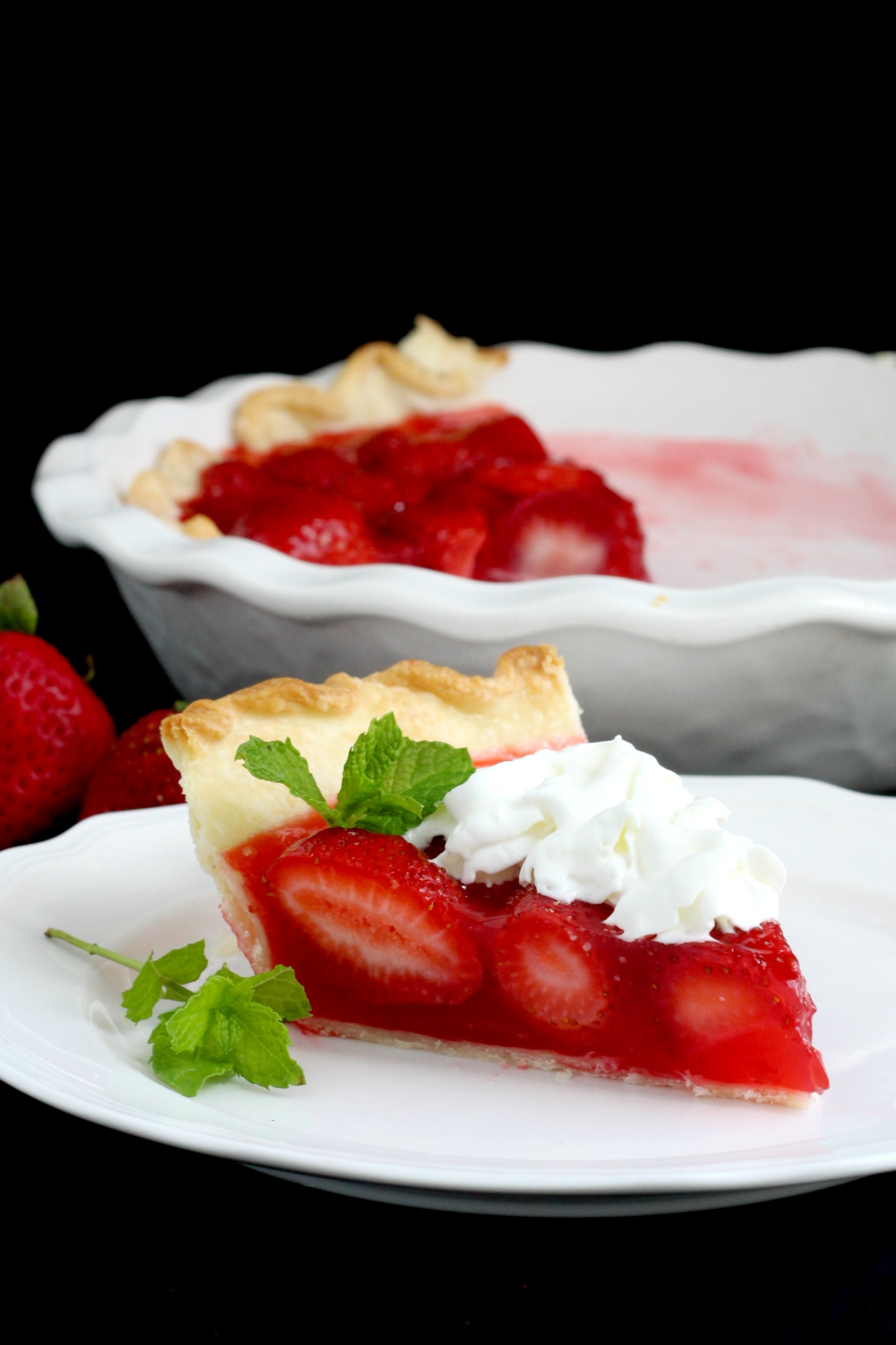 Fresh Strawberry Pie recipe sweet filling of jello in crust with whipped cream gratefulprayerthankfulheart.com