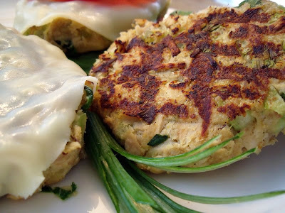 Tuna melt patties are really simple to make and make a warm and tasty lunch (or dinner) If you like, add a bowl of soup and some chips and you've got a complete meal.