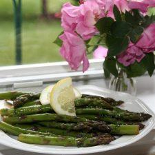 Zesty  Marinated Asparagus