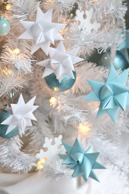 Beautiful folded paper German stars remind many of childhood when they were made at Christmas time. Easy to follow, step-by-step video tutorial teaches you how to make them.
