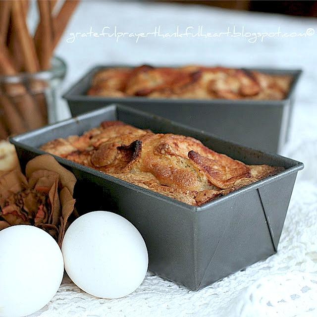 Classic Jewish Apple Cake