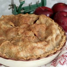 All-American, All-Delicious Apple Pie