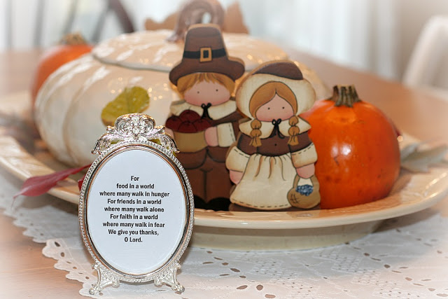 Cute Pilgrim and Indian Centerpiece of vintage painted wood figures for Thanksgiving and lovely Giving Thanks blessing to frame or recite.