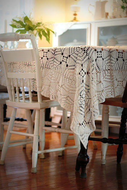 Made in the 1940's using tiny crochet hooks, a vintage tablecloth in the pineapple pattern with perfect workmanship is a lovely example of grandmother's handiwork.