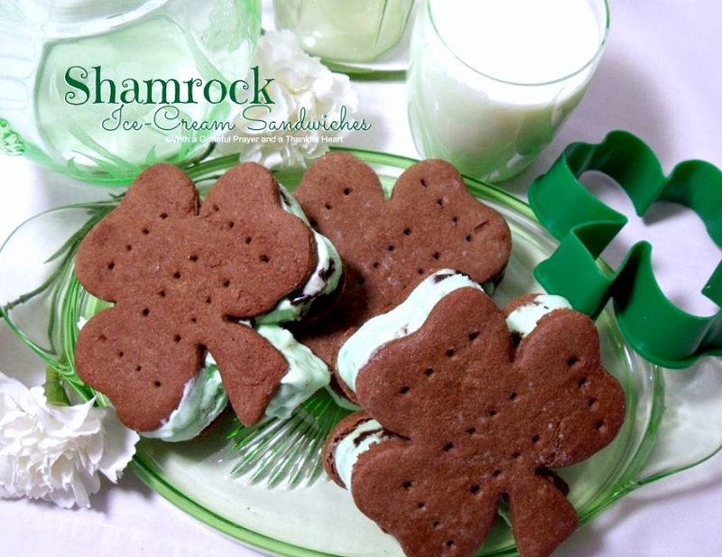 Shamrock Ice Cream chocolate sandwich cookie Patrick's Day