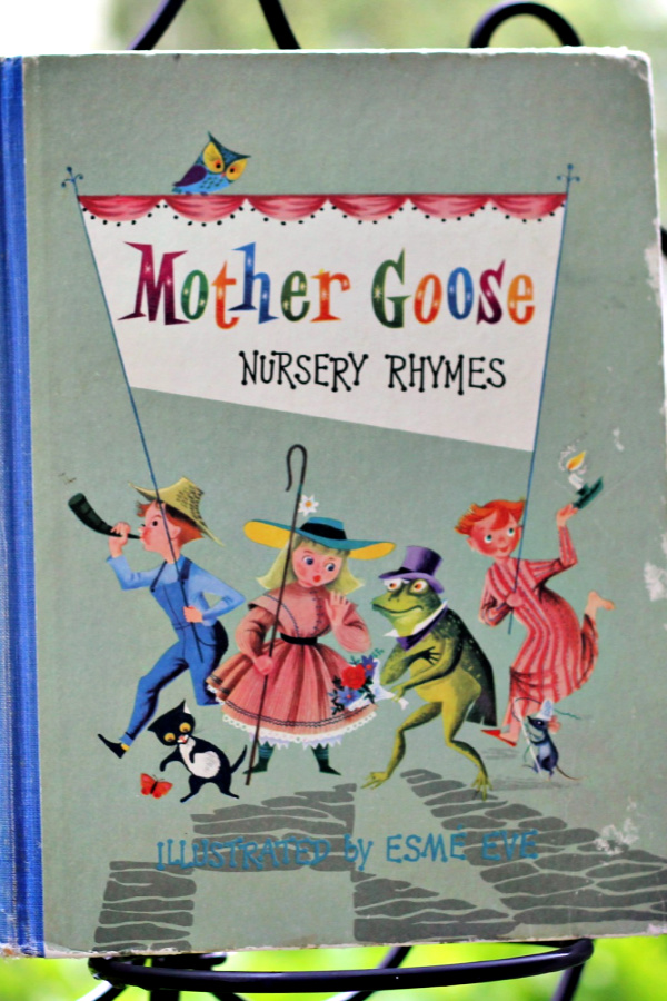 Vintage Mother Goose Nursery Rhyme childhood book.