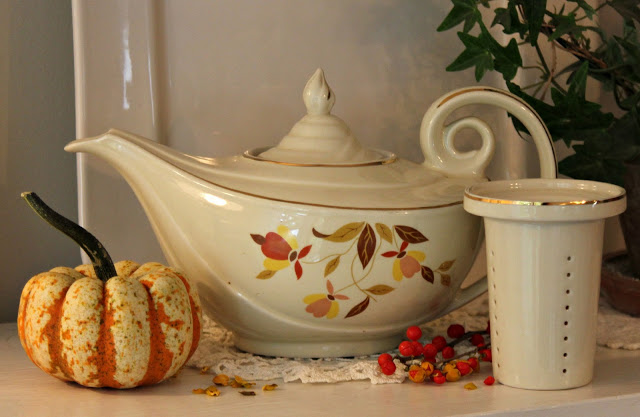 "Do you remember this pottery pattern? ""Autumn Leaf"" was produced by the Hall Company in Liverpool, Ohio and popular in the early 1900's."