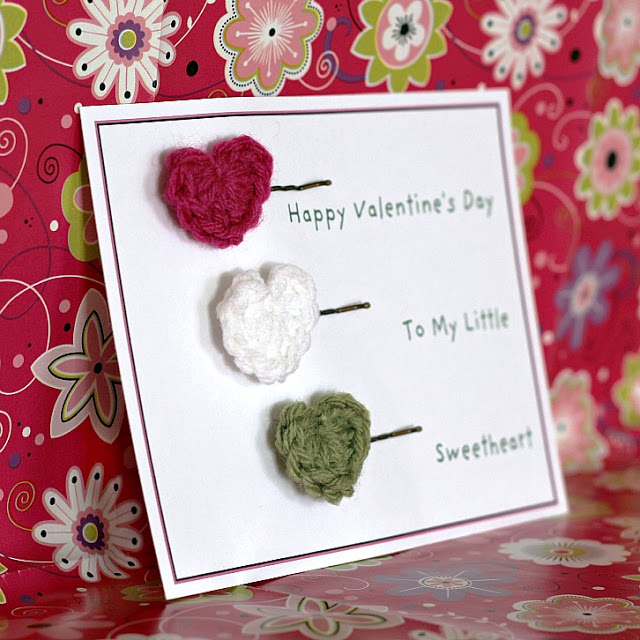 tiny Valentine heart crochet pattern