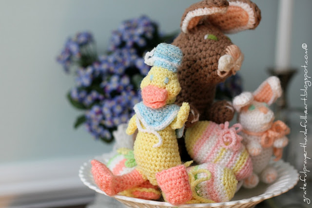 Sweet vintage pattern for crochet Easter eggs. Crochet in pretty pastel colors and fill a basket or bowl for a lovely and decorative holiday centerpiece. Pattern works up quickly and uses little yarn.