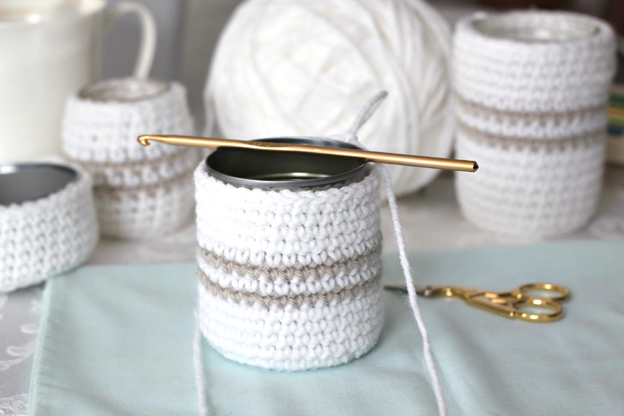 Super easy pattern for cute, useful crochet cozy for jars or cans. Organize your vanity, desk and arts and crafts supplies. Recycle, upcycle and repurpose into multipurpose items!