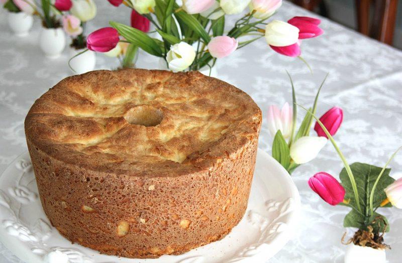 Easy recipe for Sally Lunn Batter Bread