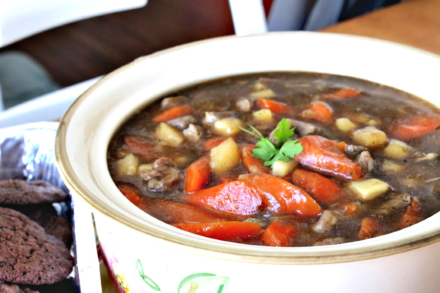 Easy recipe for Irish Lamb Stew with leeks, carrots, parsnips and dill. Perfect for St Patrick's Day. Substitute beef if you prefer for this gluten-free dinner entrée.