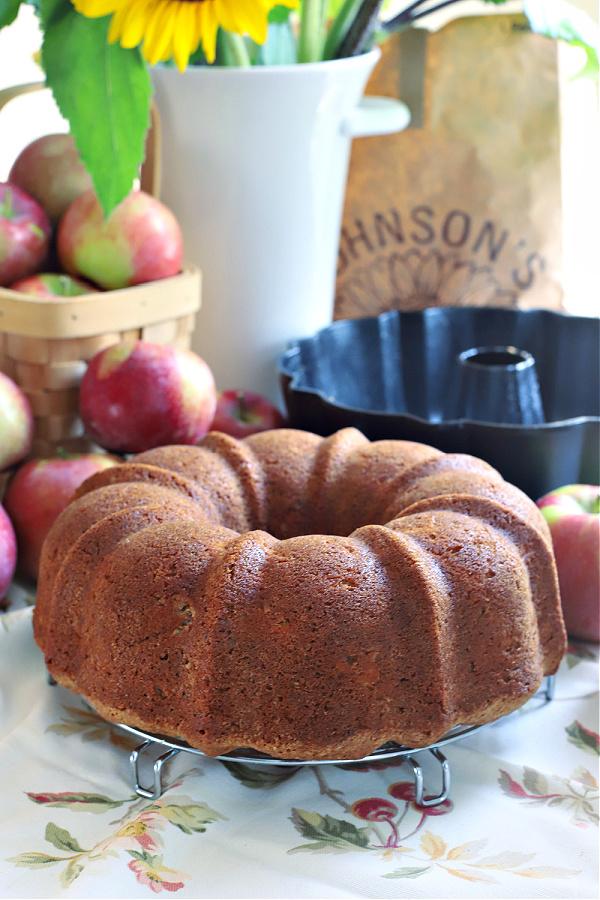 easy recipe for apple walnut Bundt cake