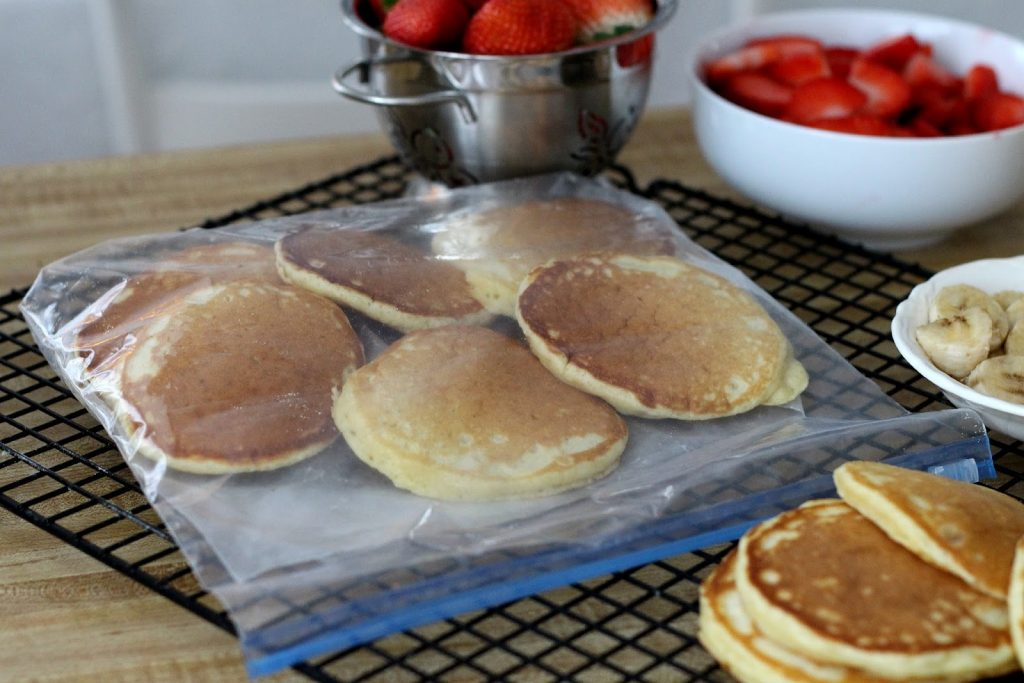 How to freeze fluffy buttermilk pancakes