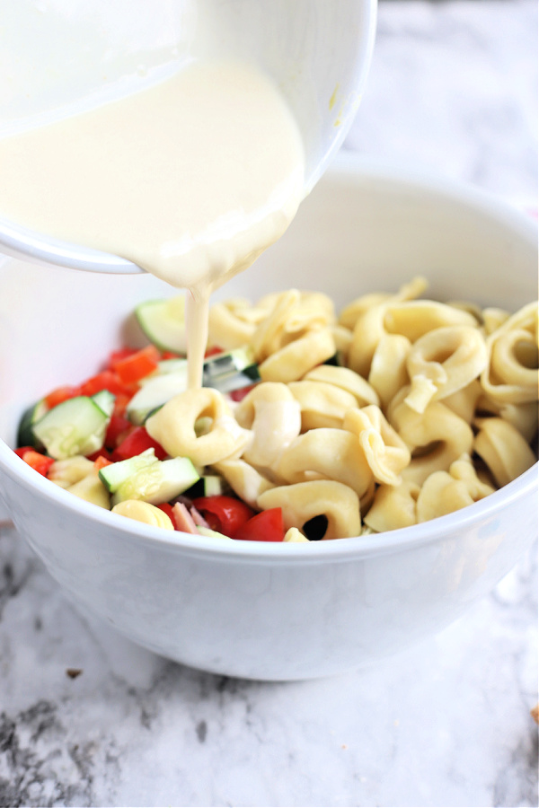 creamy dressing for Hawaiian pasta salad with cheese tortellini and ham