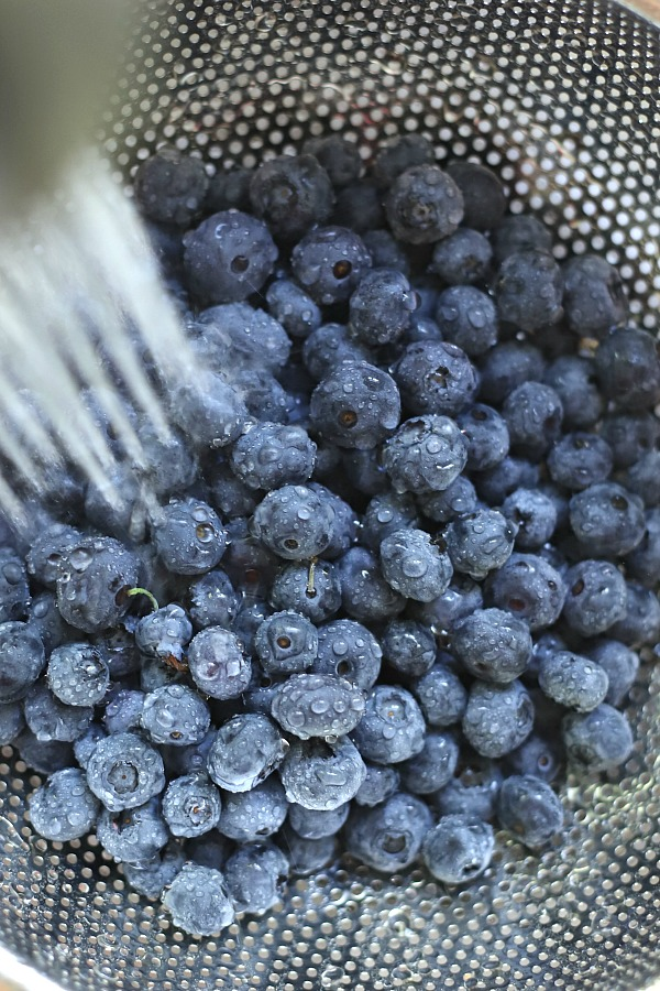 Easy recipe and step-by-step directions for making homemade blueberry muffins for the beginner cook or baker.