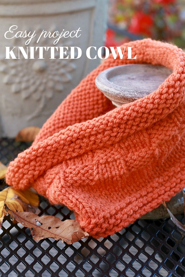 Keep warm and snugly this fall with a stylish knitted cowl. Cute pattern that is easily modified for many different looks. A great beginner knitting project.