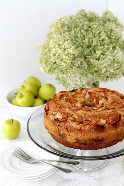 Jewish apple cake recipe