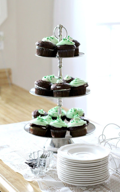 It is not too late to make a quick dessert for St. Patrick's Day. Grab your favorite packaged cake mix and bake a batch of Minty Cream Cheese Frosted Cupcakes. While they are cooling mix up some really yummy frosting tinted green with a hint of mint. A few sprinkles and Voilà!