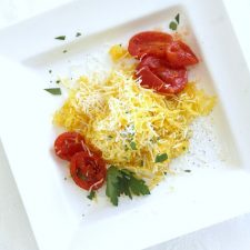 Healthy and Delicious Roasted Spaghetti Squash