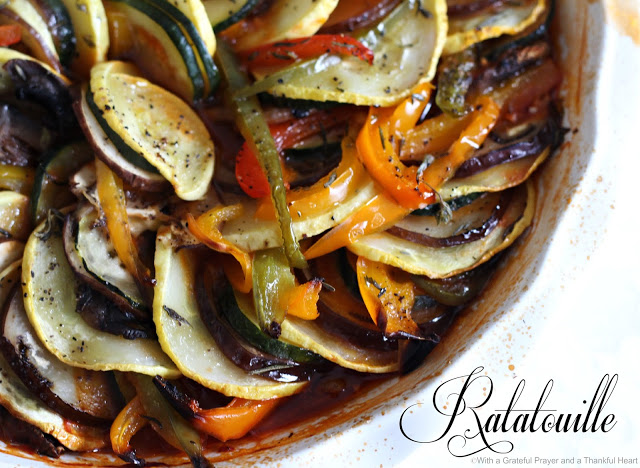 Collection of easy recipes using Garden Fresh Zucchini including meatballs, cupcakes, zucchini boats, pie, bread and Ratatouille.