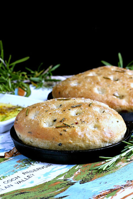 Rosemary Focaccia is irresistible, Dip in olive oil or slice for a sandwich, this Italian yeast bread is amazing. Easy recipe from bread machine dough.