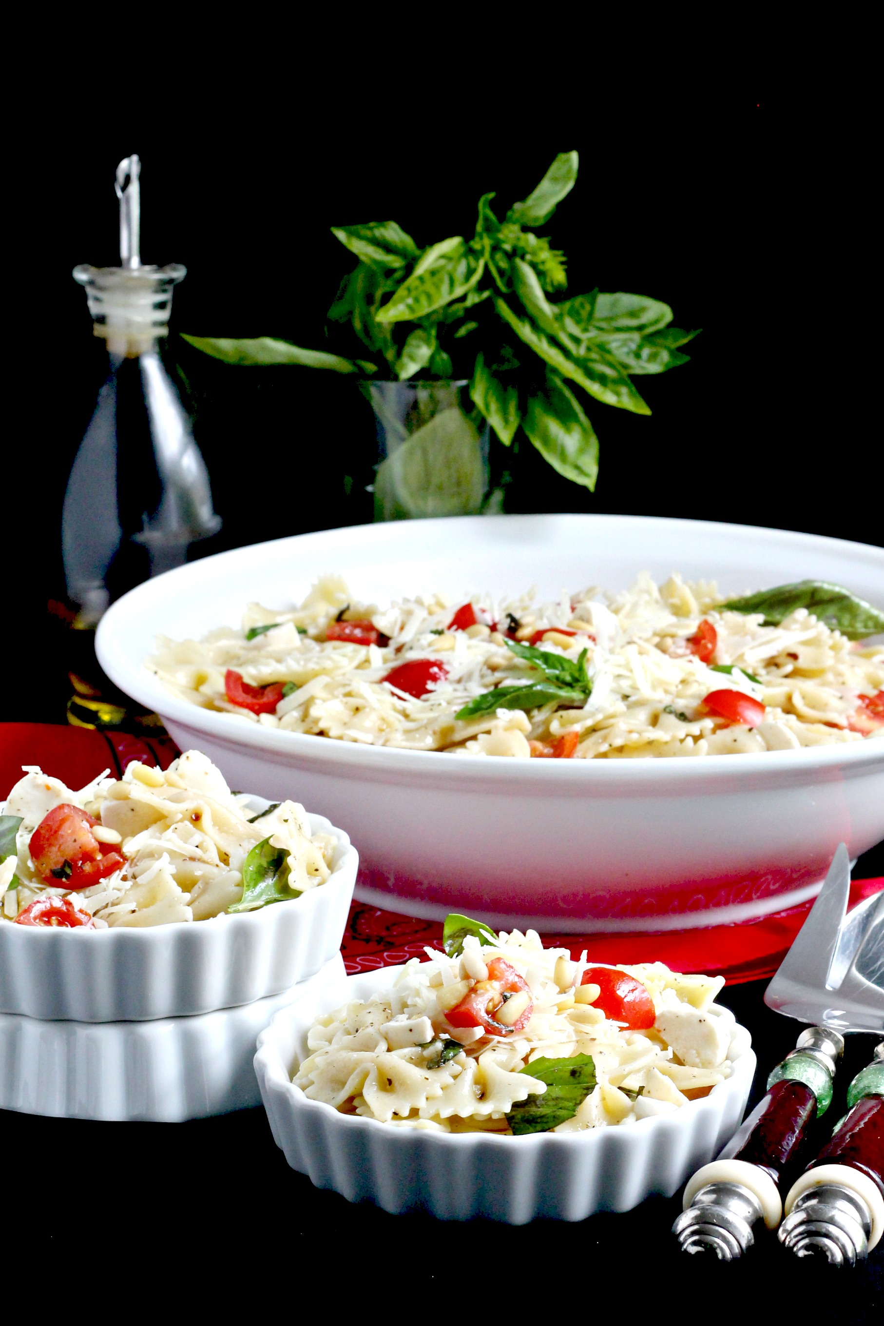 caprese pasta salad recipe with bow tie tomato dinner