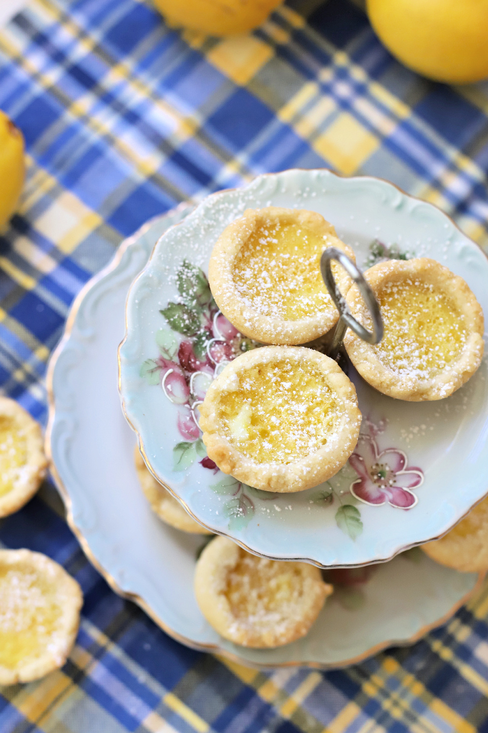 easy recipe for lemon tartlets. Mini lemon filled shortbread cookie cups.