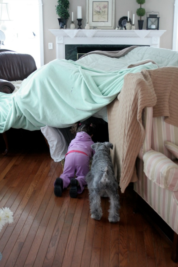 things to do with kids when they can't do outside.