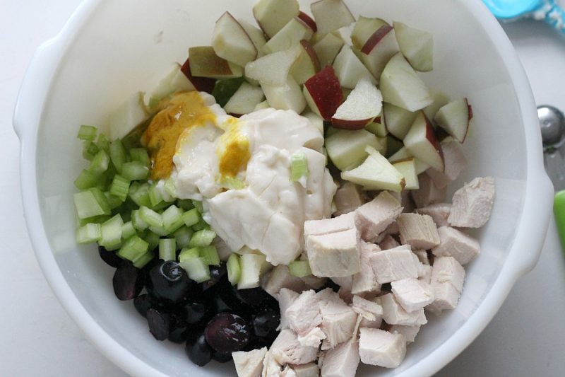 Turkey Waldorf Salad is such an easy meal and full of good-for-you ingredients like apples, grapes and nuts. No wonder it is a long-time classic recipe. Use leftover roasted turkey or cooked chicken and enjoy piled on crescent rolls, croissants, bread or serve on a bed of lettuce greens for lunch or dinner.