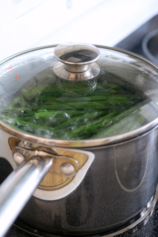 Haricots Verts or French String Beans is a lovely and healthy side to chicken, fish, beef or pork. Cooked just until bright green and tender they are a quick and simple addition to your favorite entree.