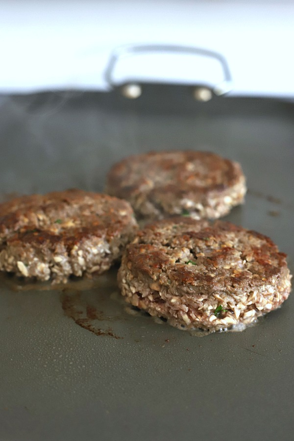 No giving up taste with moist and juicy blended burgers. The perfect mix of finely chopped mushrooms and ground beef create a delicious Umami burger that is healthier for you.