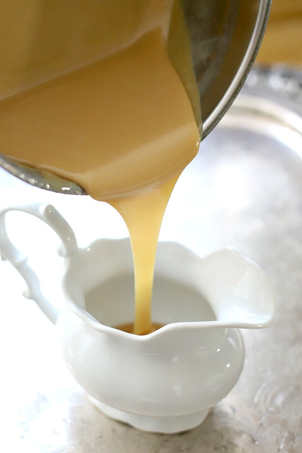 Making homemade caramel sauce is easy and so delicious. Recipe to make on the stove top, in the oven or microwave using sweetened condensed milk. Use on ice cream, apple pie, apple slices, gingerbread, bread pudding and cakes.