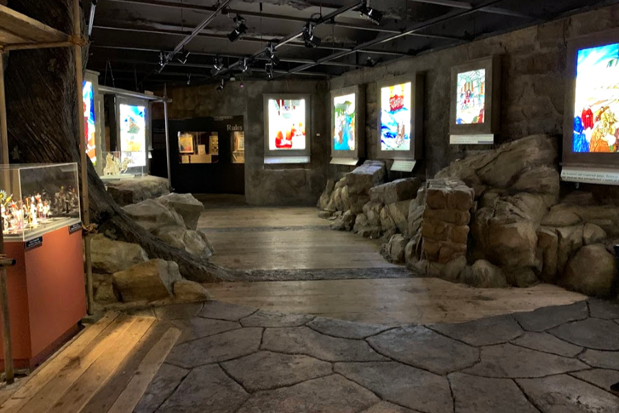 Voyage to Liberty featuring stained glass scenes and Marc Chagall art at the National Liberty Museum. Don't miss this hidden gem when visiting Philadelphia with kids and teens located just two blocks from Independence Mall in historic Old City.