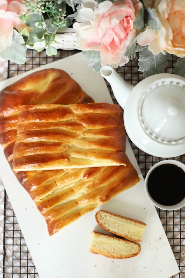 Beautiful and delicious, cream cheese bread is light and fluffy with a sweetened cheese filling. An easy recipe for the dough using a bread machine and a delightful breakfast Danish dessert.