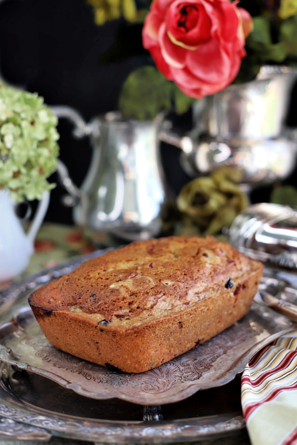 Serve with a sweet orange frosting or without, frosted apricot cranberry bread is a delicious side dish to Thanksgiving dinner. This easy quick bread recipe is filled with tart cranberries and swirls of sweet apricot jam making it moist and tasty.