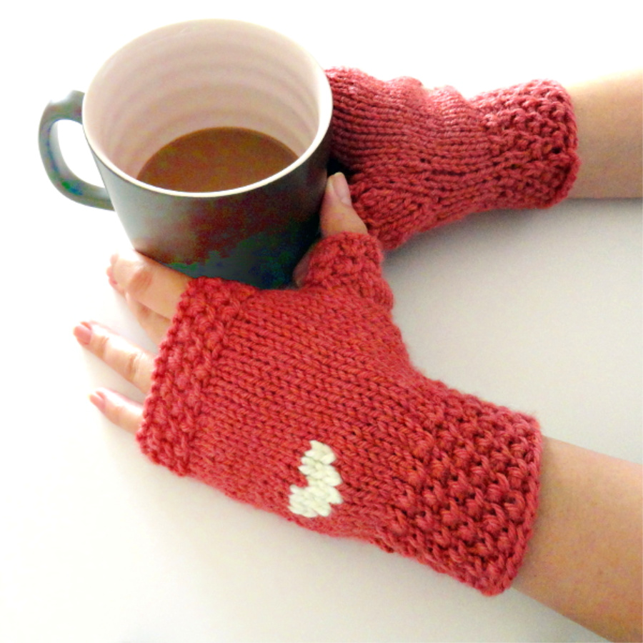 Valentine's Day knitted gloves