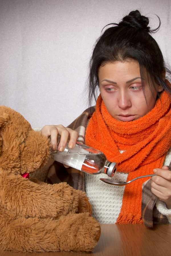 Feeling crummy? Make yourself a hot toddy to help relieve cold and flu symptoms and begin to rest and feel better soon.