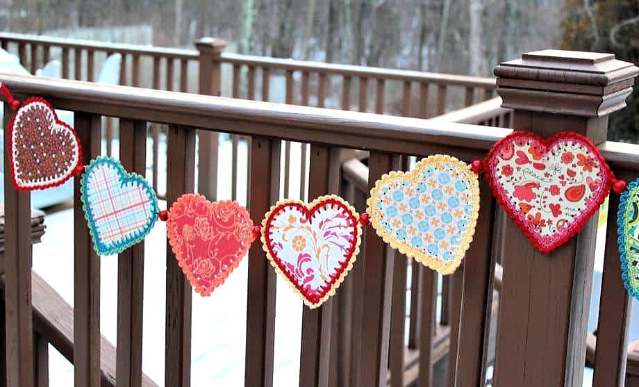 Crochet paper heart garland