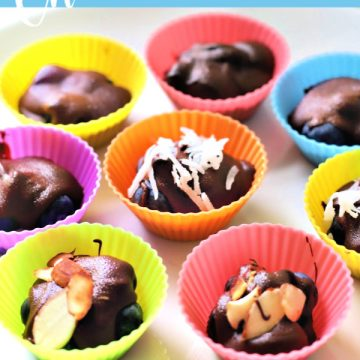 Sweet little bundle bites, chocolate blueberry clusters are a super quick and easy to make dessert. Recipe uses just three ingredients and no baking!