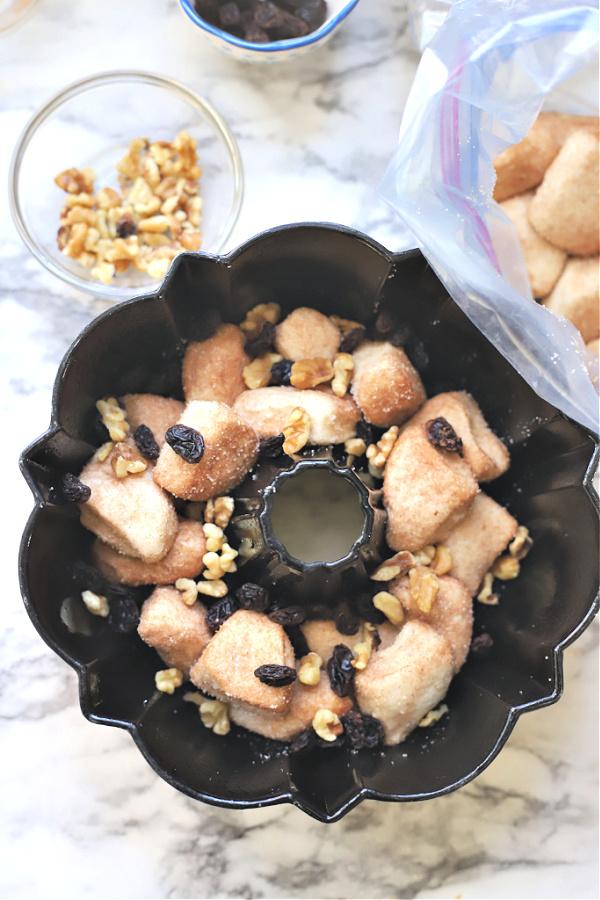 How to make homemade monkey bread