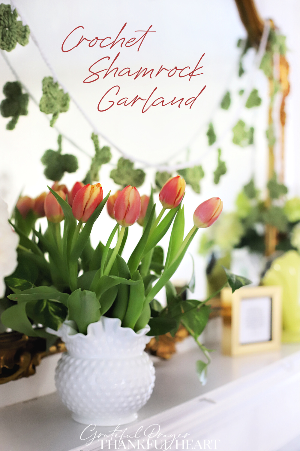 Easy pattern for a sweet St Patrick's Day garland. Crochet shamrock garland can be used as a swag on the mantle, over a mirror or window.