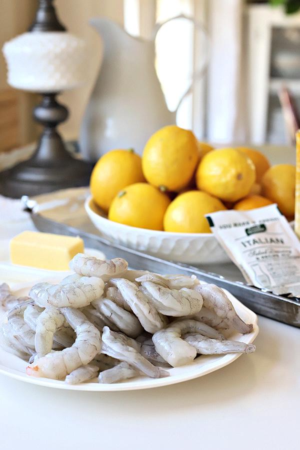 Ingredients needed for one pan lemon shrimp recipe