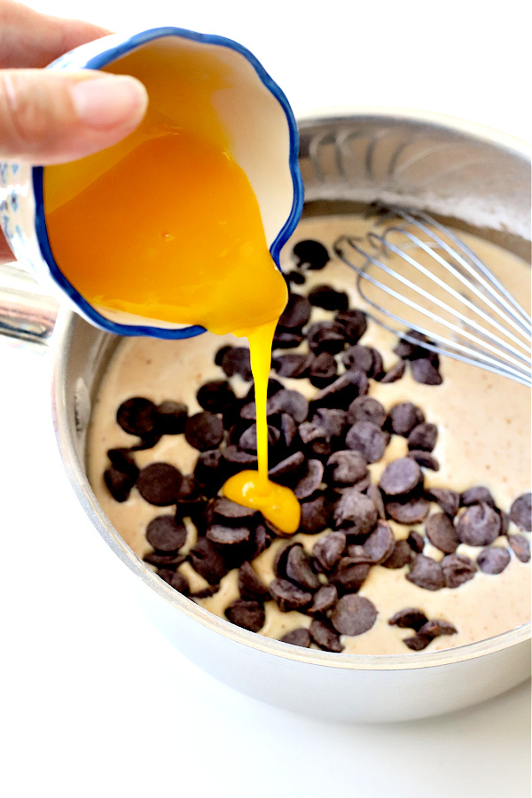 making chocolate cream pie recipe
