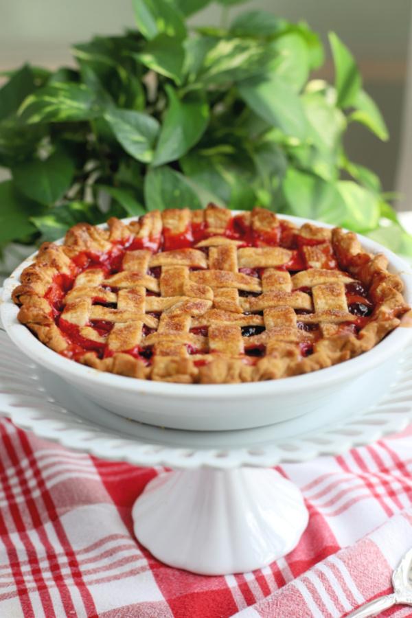 How to make a lattice pie crust tutorial