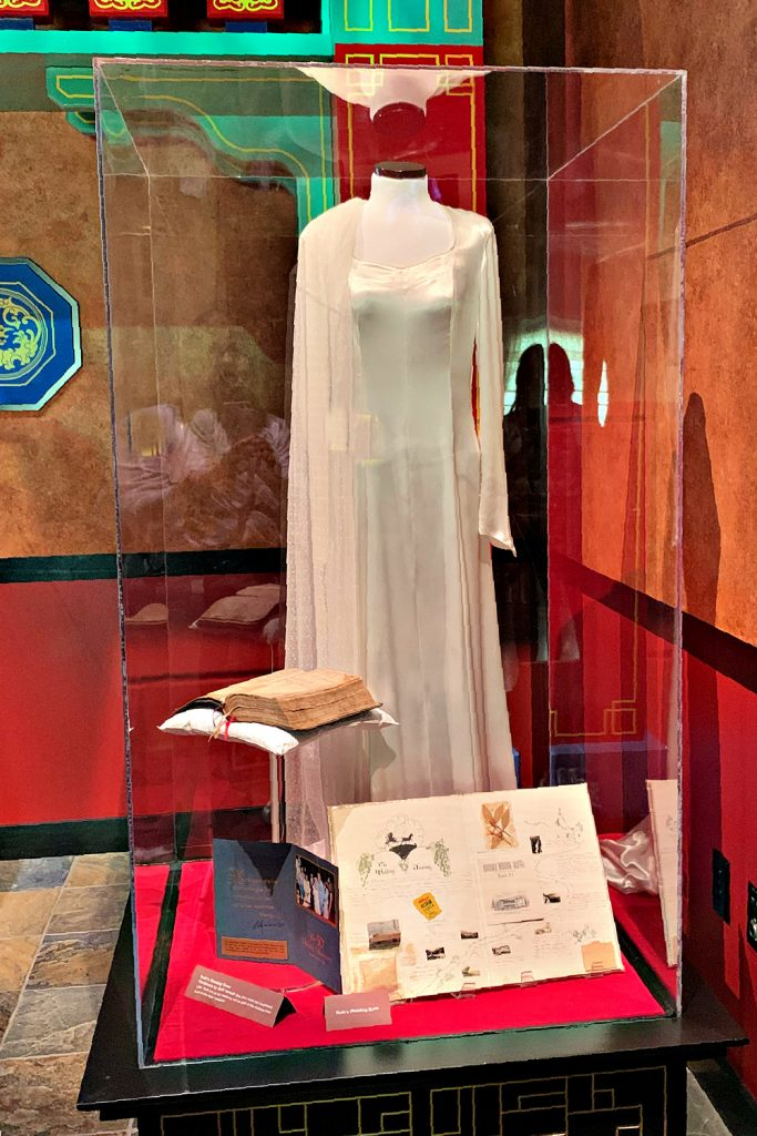 Ruth Bell Graham wedding dress Billy graham library